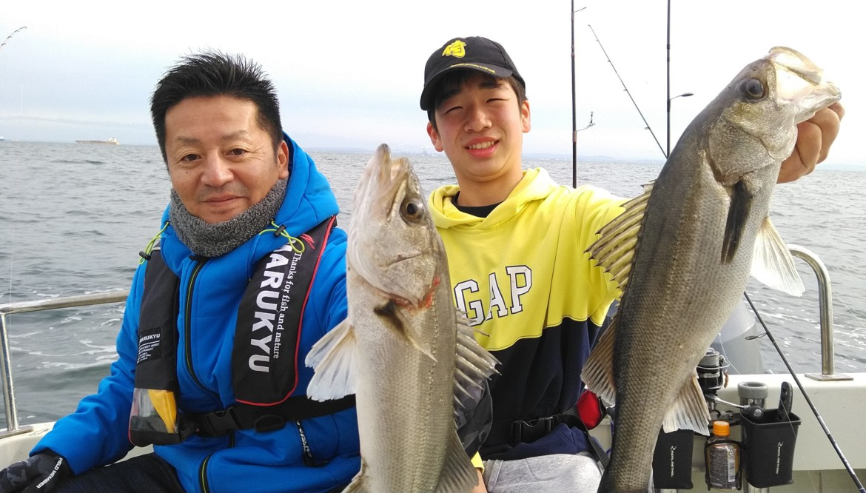 イナダ シーバス 釣り