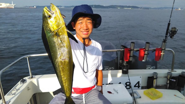 湾央貸切 夏の魚シイラ